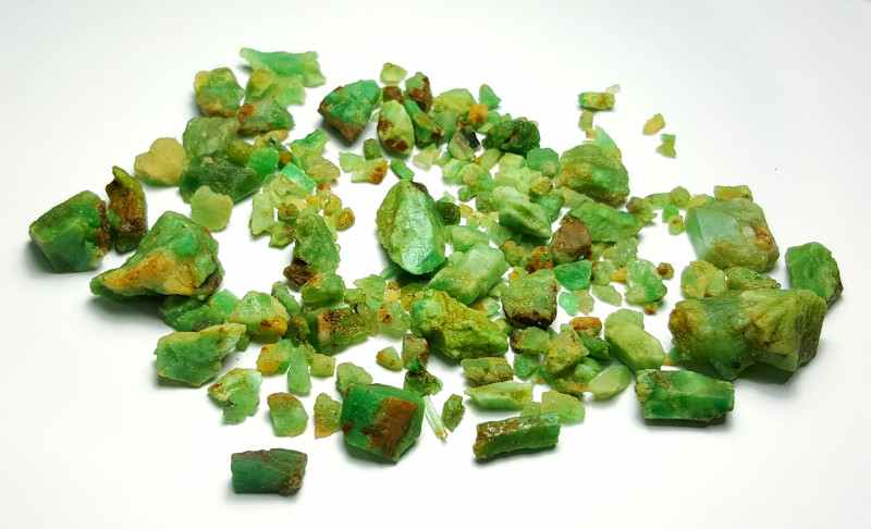 Beautiful Natural color Rough Emerald lot 250 Cts-Afghan#14
