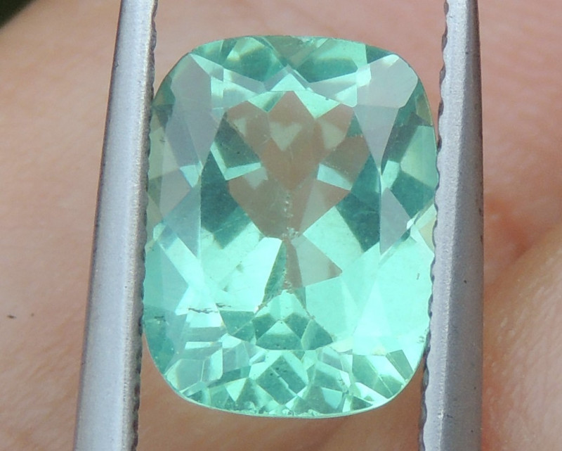 2.25cts Apatite,  Calibrated