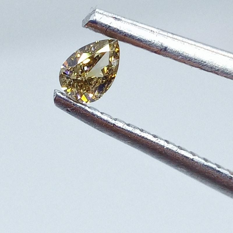 0.16ct  Fancy Intense brownish Green Diamond , 100% Natural Untreated