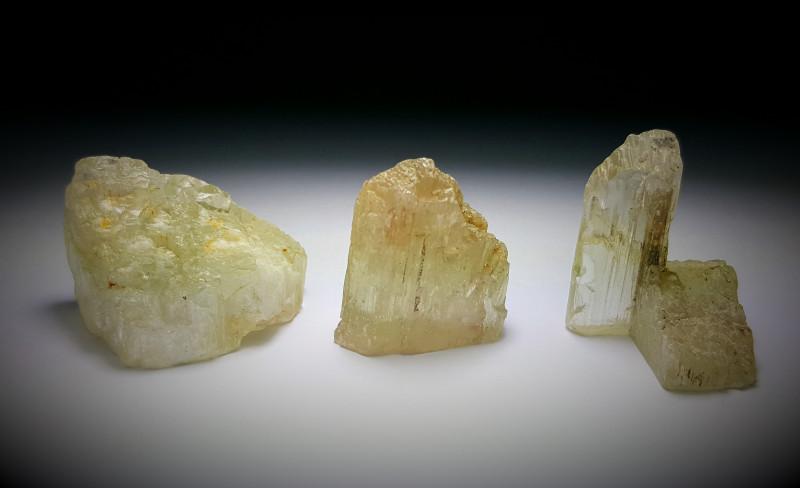 Amazing Natural color Spodumene Kunzite bottom is termed good for tumble 26
