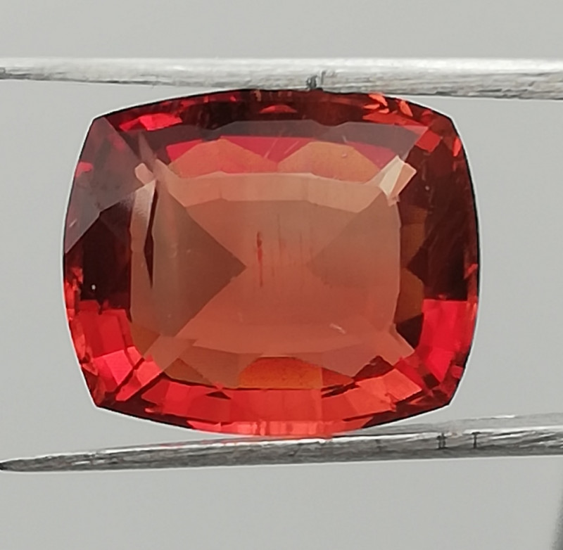 Sunstone, 6.27ct, from Tanzania, perfect cut, perfect colour ! !!!
