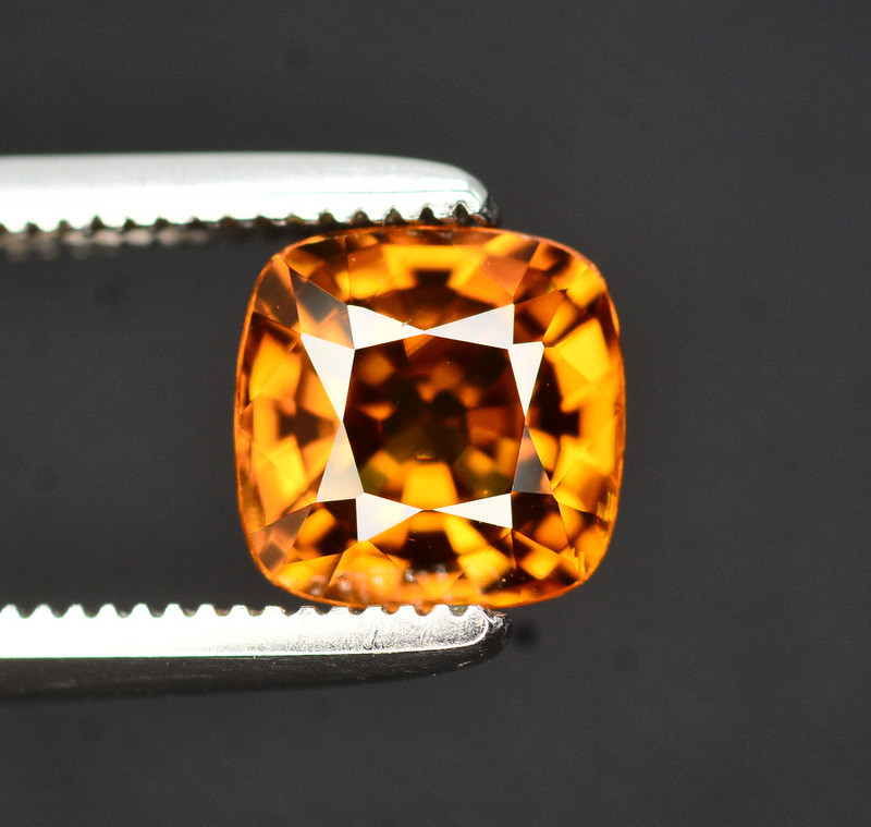 Yellow Color Zircon 1.65 Ct Natural Top Color