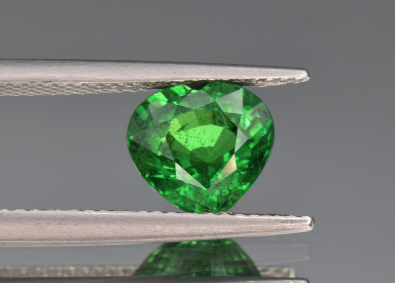 Natural Tsavorite Garnet 2.22  Cts Good Quality Gemstone