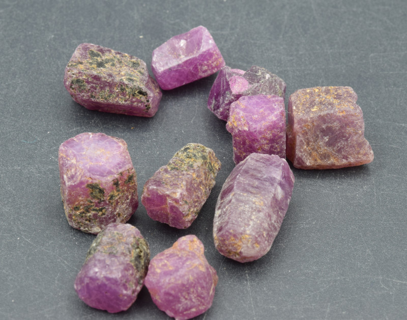 Natural RubyCrystal Type Rough 115 Cts Lot