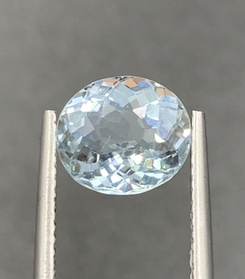 2.24 ct Aquamarine Gemstones
