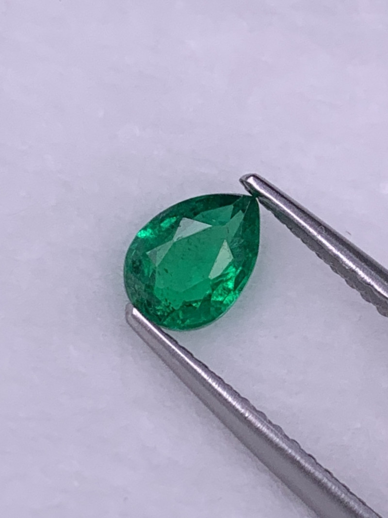 Vivid Green AAA Grade  Natural Emerald 0.56 Cts Excellent Luster