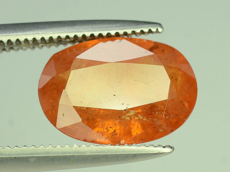 Amazing 2.95 ct Fanta Colour Spessartite Garnet