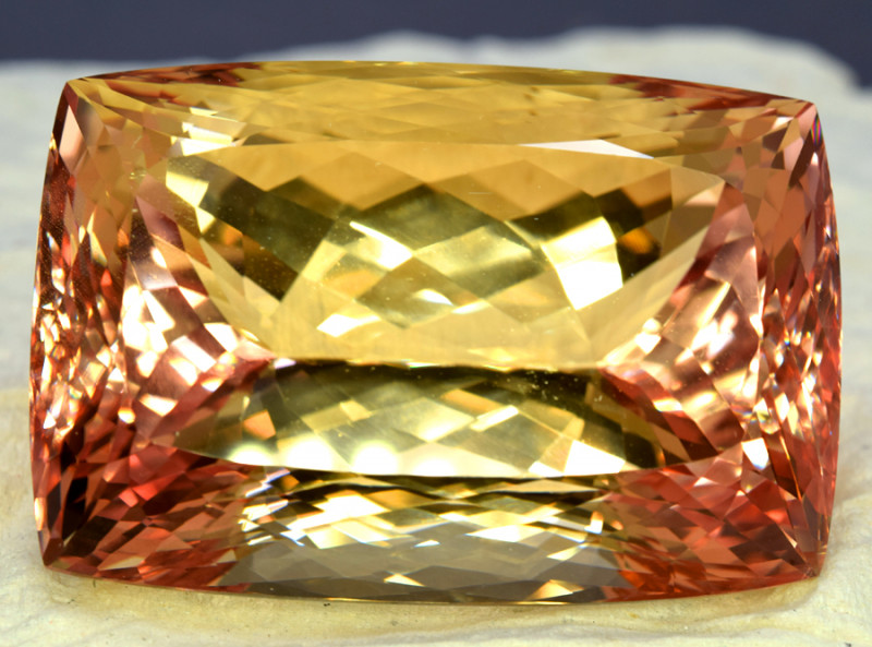 689 cts Natural Peach Pink Kunzite Gemstone