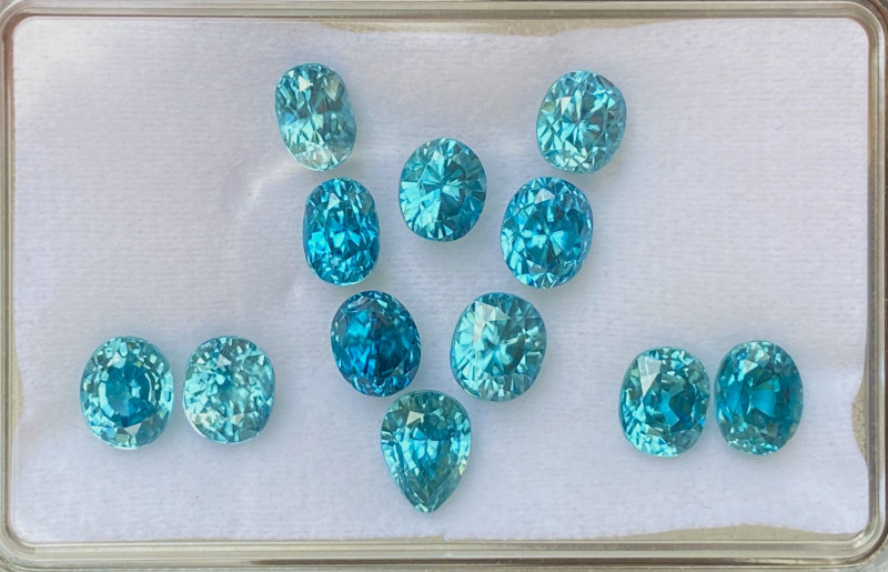 22.88 ct Blue  Zircon 100% Natural Gemstones/12 peace