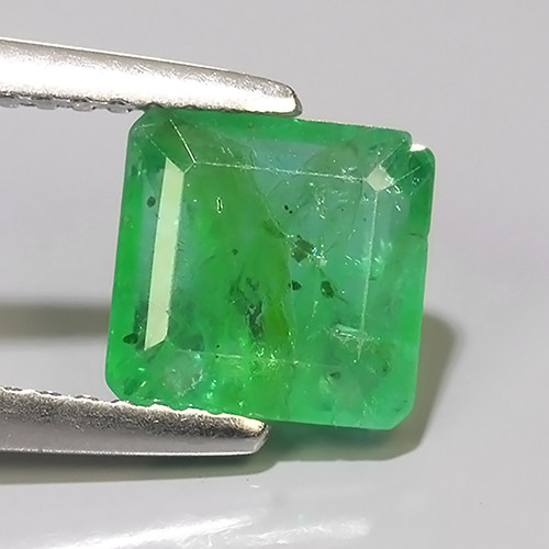 1.70 CTS NATURAL EMERALD ZAMBIA TOP COLOR OVAL EXCELLENT!!