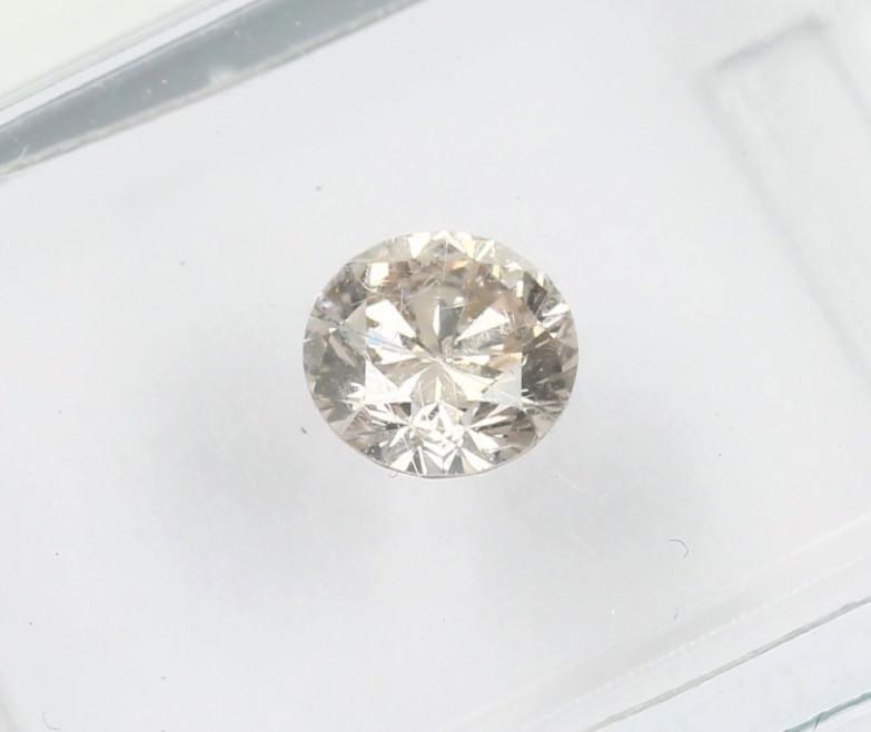 0.57ct Natural pinkish Brown  Diamond IGI certified  SI1