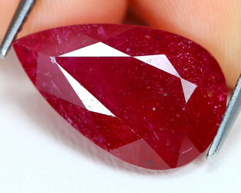 Red Ruby 10.13Ct Pear Cut Pigeon Blood Red Ruby B1401