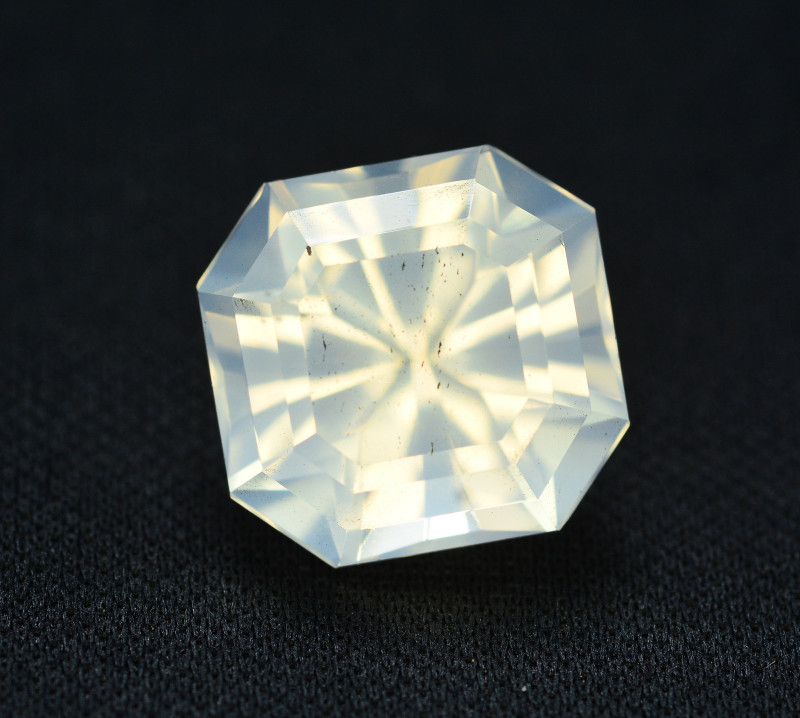 Top Quality 12.35  ct Natural Moonstone Amazing  Color