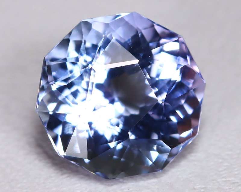 Tanzanite 2.07Ct VVS Master Cut Natural Purplish Blue Tanzanite BT0018
