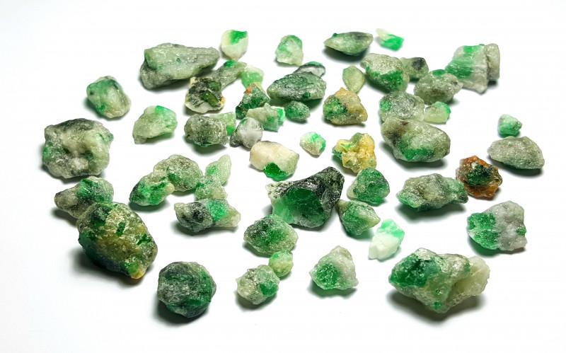 Beautiful Natural color Swat Rough Emerald with Matrix parcel 250 Cts-P2