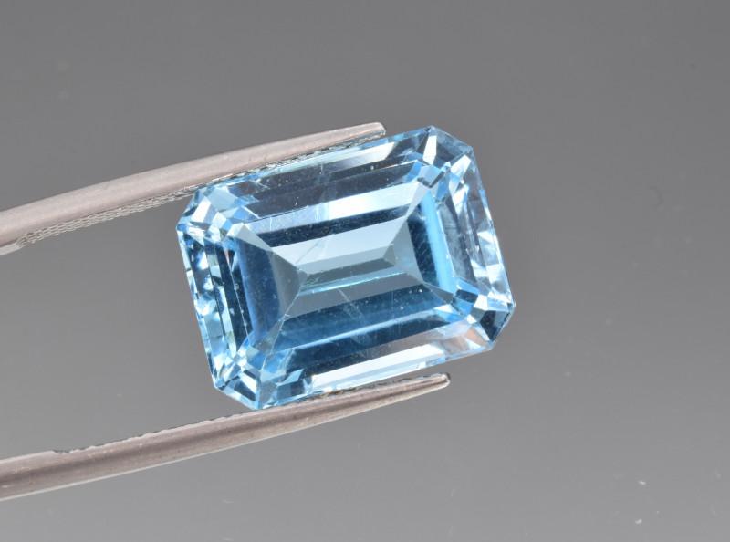 Natural BlueTopaz 15.04 Cts, Good Quality Gemstone