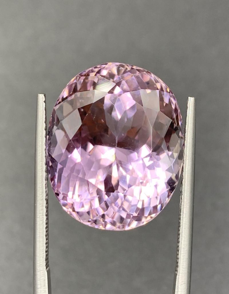 25.50 ct Kunzite Gemstones
