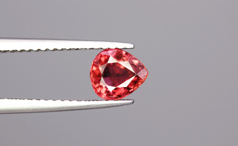 0.67cts Natrual  Tourmaline Gemstones