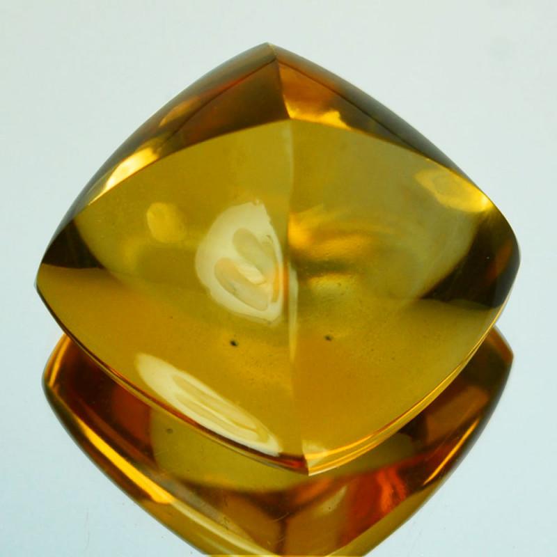 19.41Cts Natural Golden Orange Citrine 15mm Sugar Loaf Brazil
