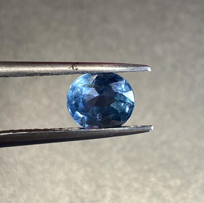 1.53ct unheated blue sapphire