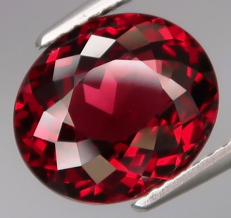 5.12 Ct.100% Natural Earth Mined Top Quality Cherry  Rhodolite Garnet