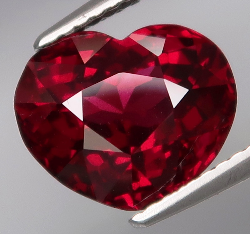 5.19 Ct.100% Natural Earth Mined Top Quality  Cherry Pink Rhodolite Garnet