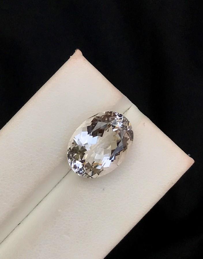 7.75 Carats Natural Morganite Gemstone From Afghanistan