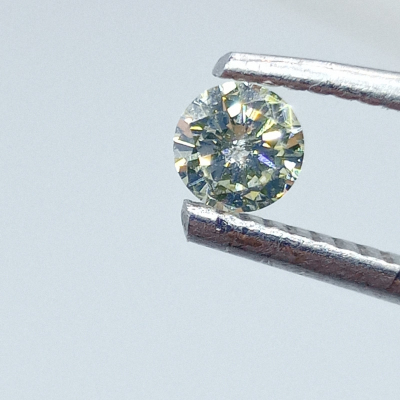 0.25ct Fancy Light Green  Diamond , 100% Natural Untreated