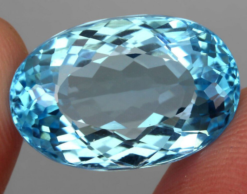 21.65 ct. 100% Natural Earth Mined Top Quality Blue Topaz Brazil