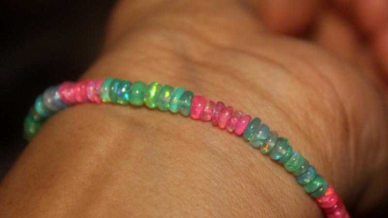 21 Crts Natural Ethiopian Welo Multi Color Opal Bracelet 153