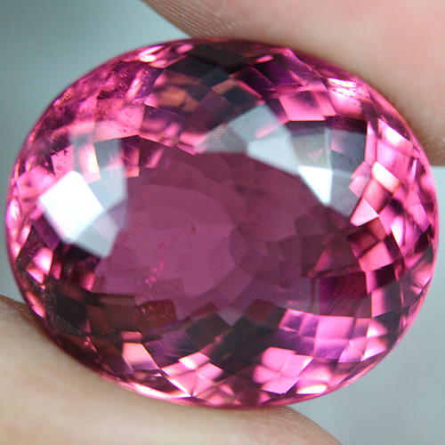 20.34 CT Rubellite Tourmaline AAA Excellent cut Mozambique - MT13