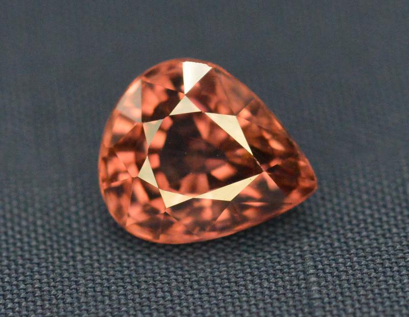Amazing Quality 2.20 Carat  Beautiful Natural Color Zircon