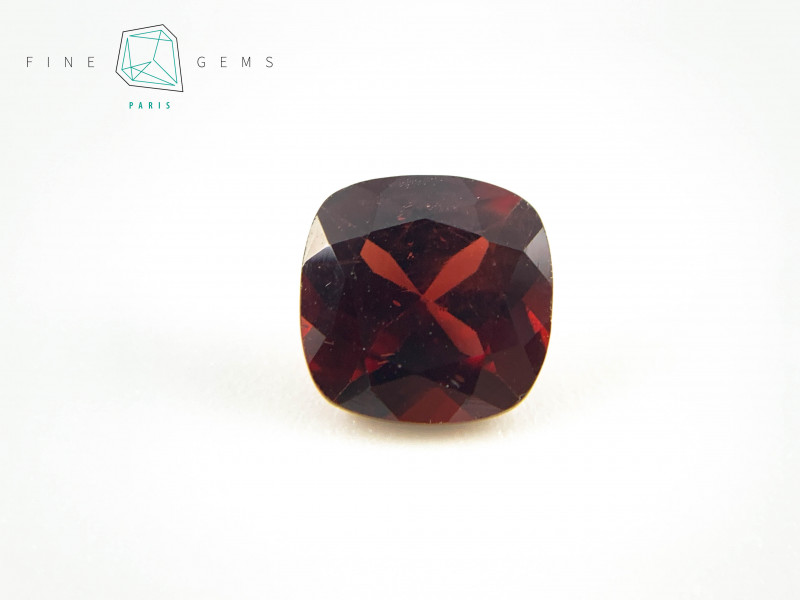 3.41 carats Natural Garnet Cushion cut