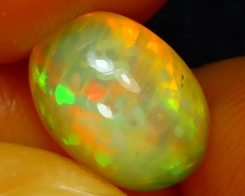 Welo Opal 1.50Ct Natural Ethiopian Play of Color Opal DF2917/A28