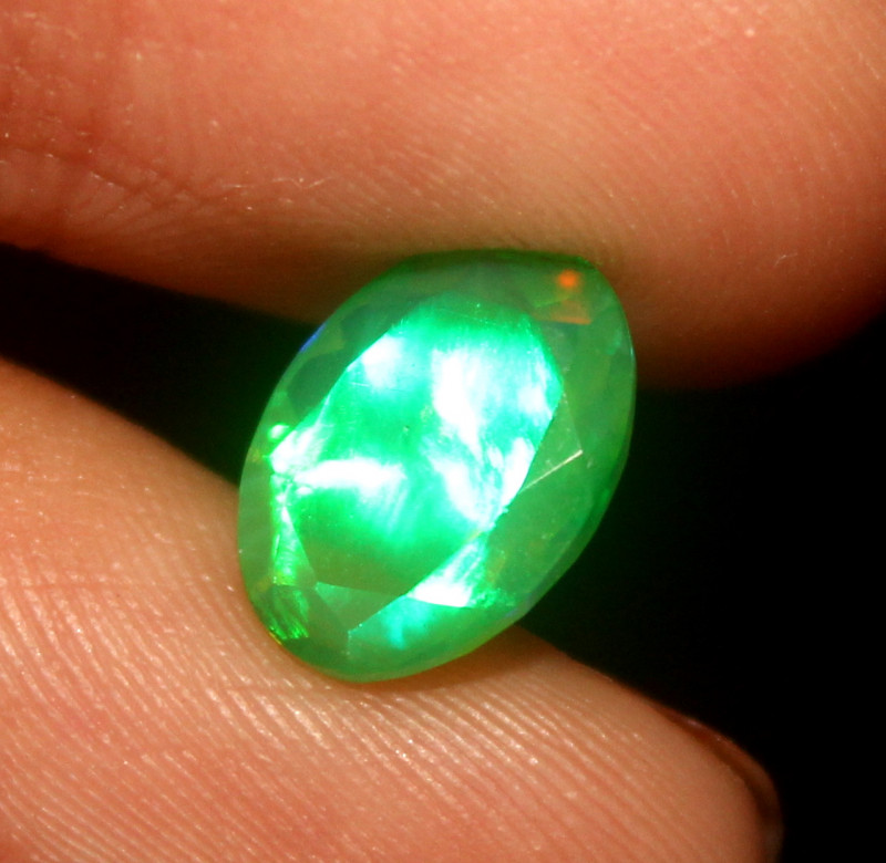 1.30 Crt Natural Ethiopian Welo Faceted Green Opal  383