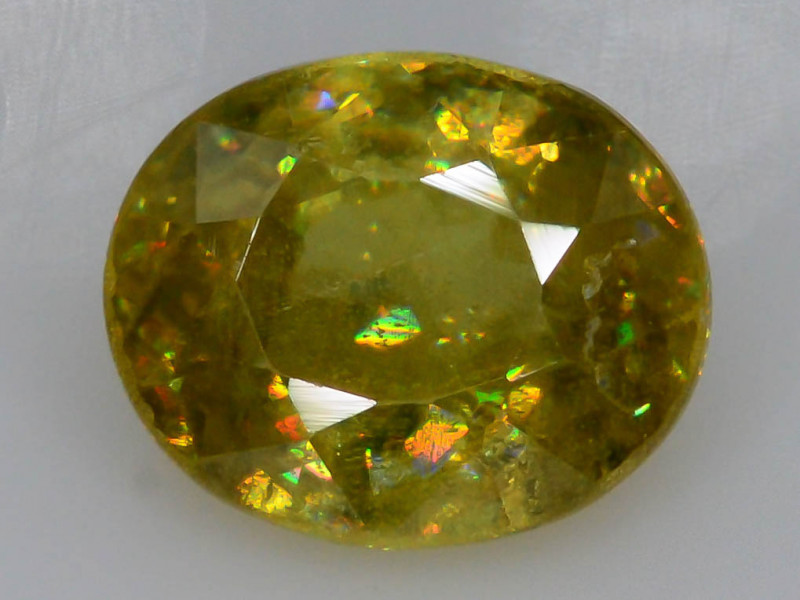 Unbelievable Fire 0.85 Ct AAA Brilliance Sphene