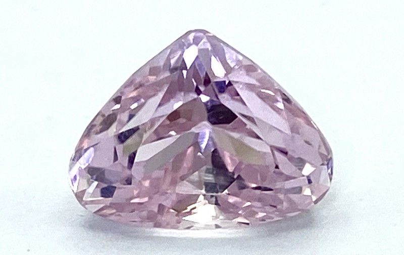 6.44Ct Kunzite Top Cut Top Luster Quality Gemstone.From Pakistan.PKZ 24