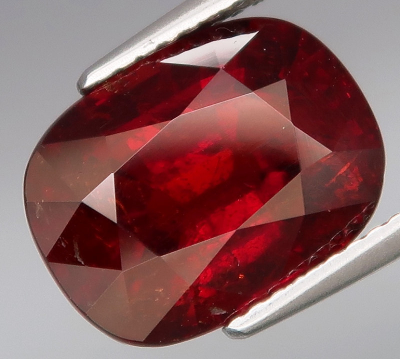 8.27  ct.  Natural Earth Mined  Imperial  Spessartite Garnet Africa  Unheat