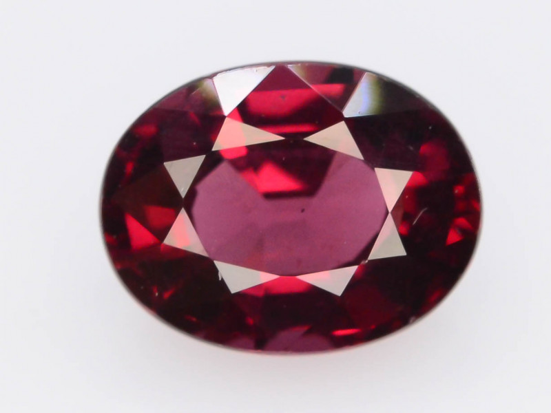 Red Color 2.50 Ct Natural Amazing Garnet