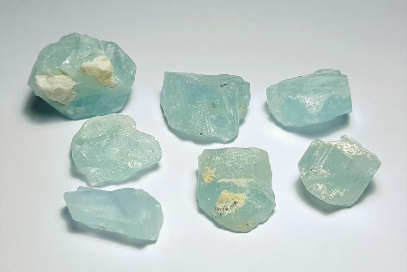 Amazing Natural color Rough Aquamarine lot good for cabochons 250Cts-P