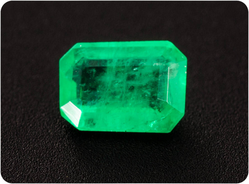 Emerald  0.17 ct Zambia GPC Lab