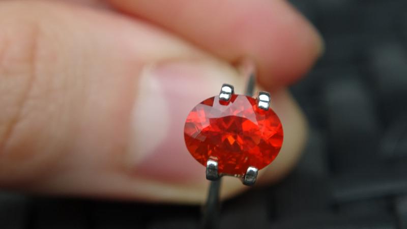 Fire Opal - Intense Orange - 1.85ct - mexico -