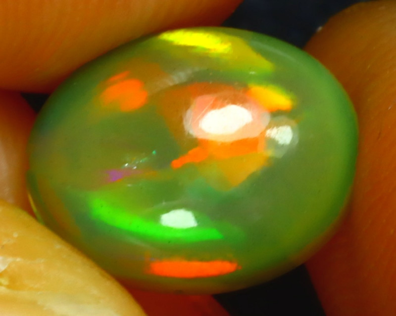 Welo Opal 1.82Ct Natural Ethiopian Play of Color Opal DF0111/A44