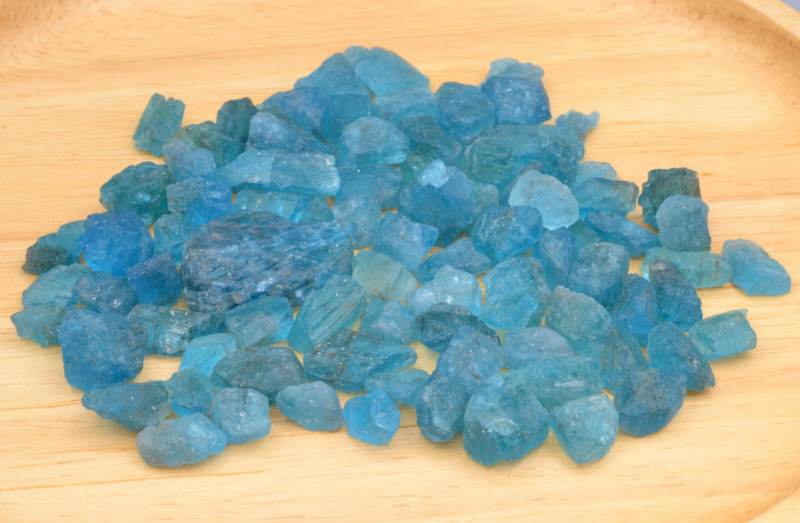 Natural Rough Apatite  272.70 Cts, Top Color