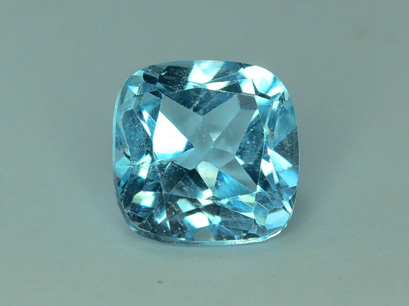 Fancy Cut Amazing Color 3.05 ct Blue Topaz