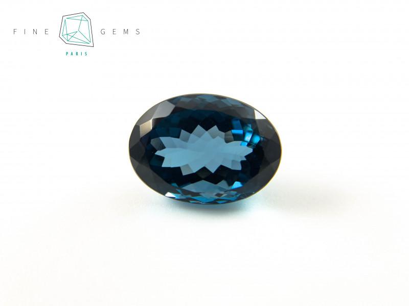 21.45 carats London Blue Topaz Oval cut