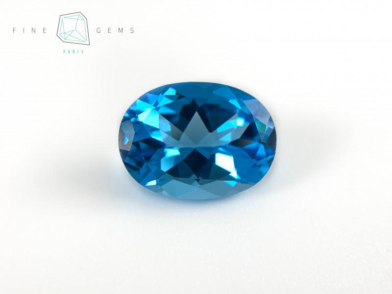 11.56 carats Swiss Blue Topaz Oval cut