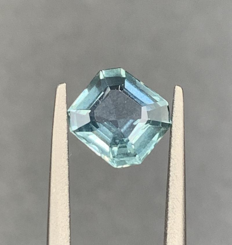 1.10 CT Sapphire Gemstones