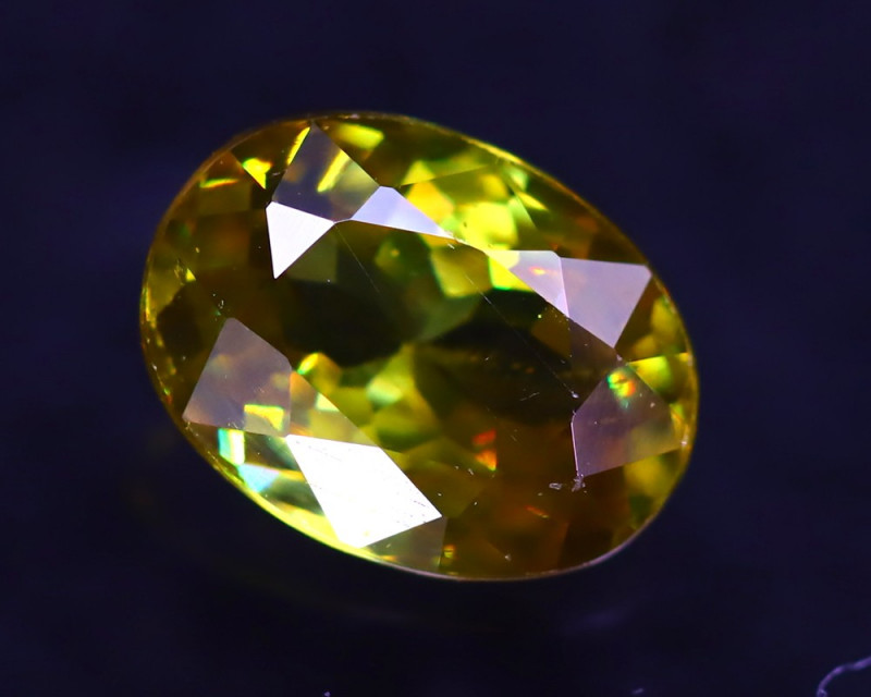 Sphene 1.26Ct Natural Rainbow Flash Green Sphene ER346/B41