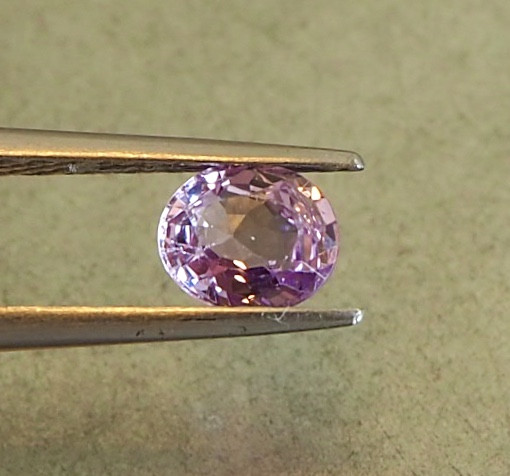 1.01ct clean unheated pink sapphire